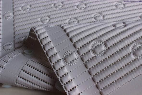 StayPut Anti-Slip Shower Mat - 50.8 x 50.8cm - White a